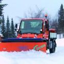Multi-blade snow ploughs